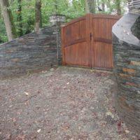mur en pierre d'ardoise
