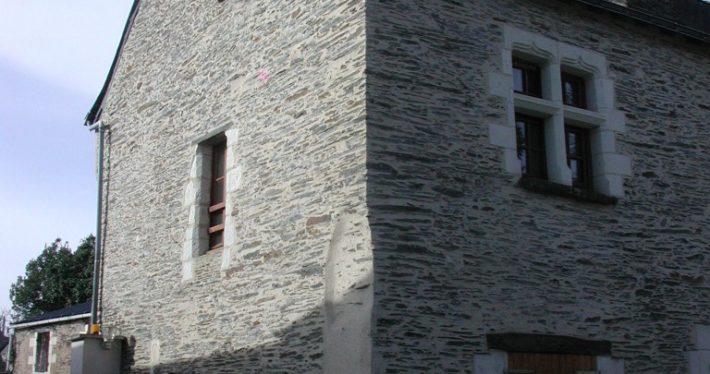 Rénovation façade à pierre-vu